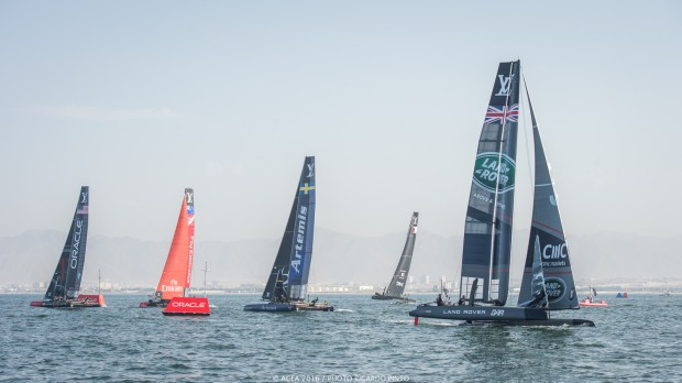 © ACEA 2016 / Photo Ricardo Pinto 2/ Oracle Team USA avec 24 points 3/ Emirates Team New-Zealand avec 22 points 4/ Softbank Team Japan avec 21 points 5/ Artémis avec 20 points 6/ Groupama Team France avec 20 points
