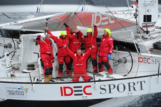 Photo Francois Van Malleghem / DPPI / IDEC Sport Celebration onboard